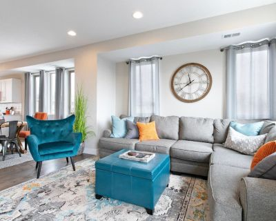 Luxury Townhouse at Sloans Lake close to Downtown Denver - Jefferson County