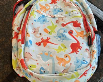 Obersee kids back pack with insulated pocket.