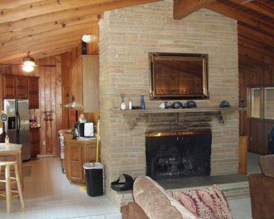 Pine Lake Country Home - Lexington