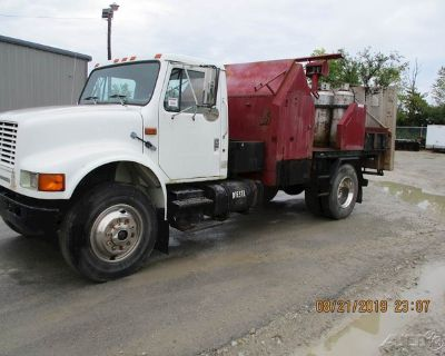 1993 International 4700 Infrared Asphalt Heater Truck