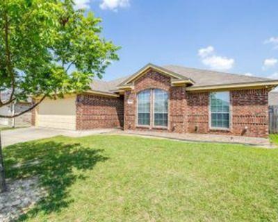 1031 Vinewood Ave, Burleson, TX 76028 3 Bedroom Apartment