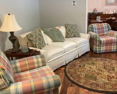 Remarkable Estate Sales - Sycamore Village