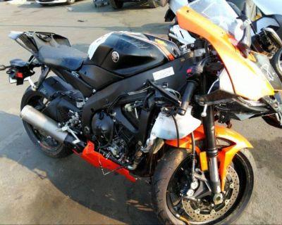 Salvage Black 2020 Yamaha Yzfr6