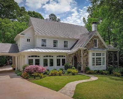 Interior Designer's Home in Vinings Estate Sale