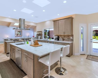 Stunning Luxury Resort, Putting Green, Bocce & foosball Heart Central Scottsdale - Buenavante