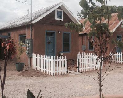 Restored 19th Century Adobe Casita, The Silversmiths House - Old Town Albuquerque