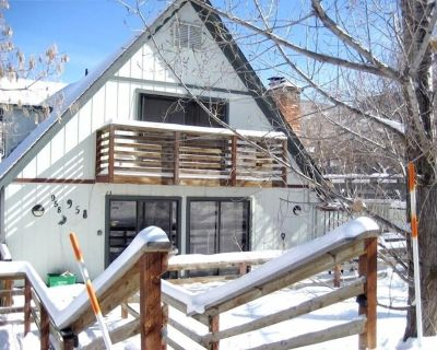 House Next to Town Lift/Main St great summer pricing Dogs ok with deposit - Downtown Park City