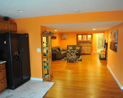 Spacious Walk out Basement Apartment fully furnished - Adams County