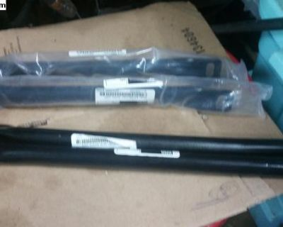 front Bumper support bracket pair new