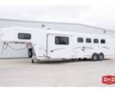 2021 Trails West Classic 4 Horse LQ 12' SW with Slide and Side Tack 4 horses