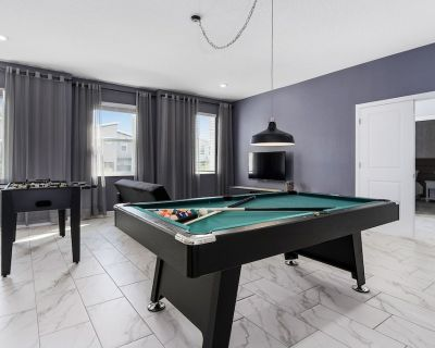 760 - LUXURY THEMED with Gameroom, private pool, Cinema, & FREE propane for grill, near Disney - Four Corners