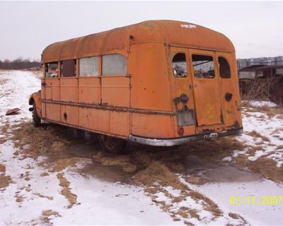 1937 Ford School Bus