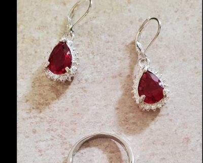 Beautiful teardrop shaped garnet red color necklace earrings and ring set size 7