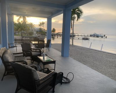 A piece of Paradise, waterfront 4/4 home right on the Bay! - Cross Key Waterways
