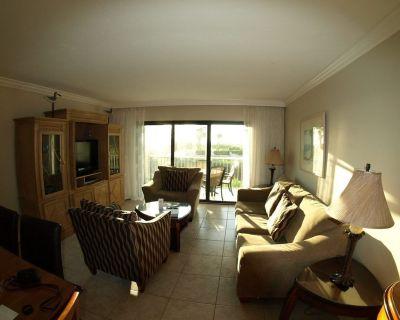 BEACH OPEN South Seas ON the Beach villa king bed sleeper sofa beach items avail - Captiva