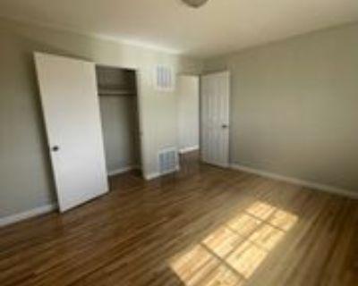 1033 Louisiana Blvd Se #C, Albuquerque, NM 87108 2 Bedroom Apartment