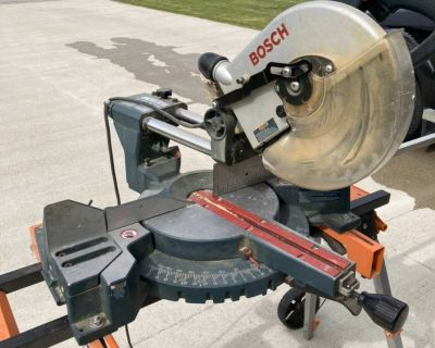 Bosch 10 Miter Saw with stand