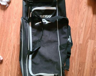 Mizuno Softball Bat Bag