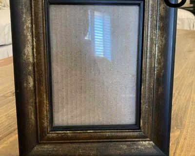 Bronze picture frame 10 1/4 x 8 1/4 , holds 5x7 pic, $3