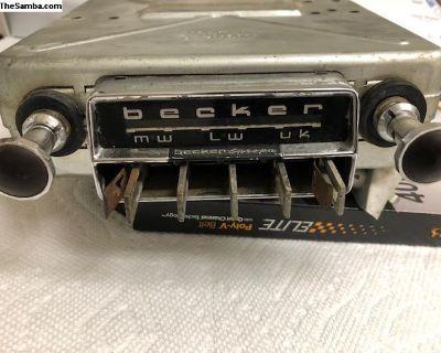Vintage Becker Europa LMU 6/12 Volt Radio