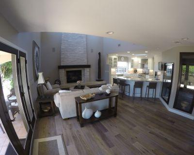 Shell Beach Retreat - Fully Renovated 4 Bedroom Sleeps 8 adults - Saint Andrews
