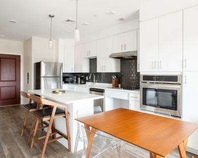 Essex302-2/1 Central Square Luxury | Pet Friendly | Short stays - Central Square