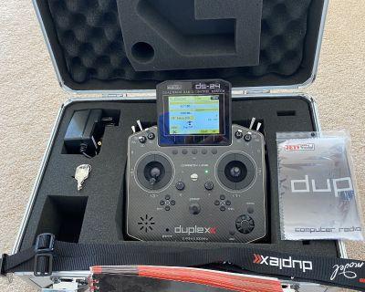 Jeti Duplex DS-24 2.4GHz/900MHz w/Telemetry Transmitter