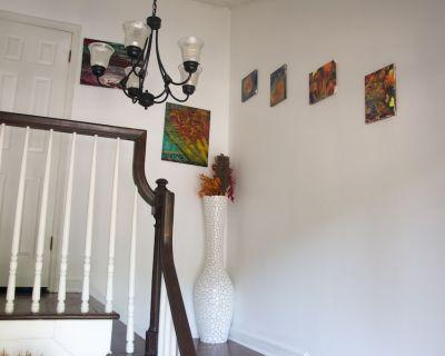 ARTSY LENOX RD 3BR W/POOL FREE PARKING - Buckhead