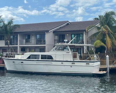 1973 Matthews Flush Deck Motor Yacht