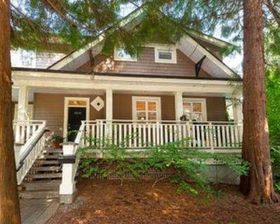 4650 Capilano Park Road, North Vancouver, BC V7R 4L3 3 Bedroom House