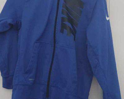 NEW Condition. nike zip hooded.jacket. size L ( 12)