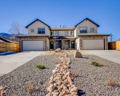 NEW Westside Luxury: 5 min to Garden of the Gods, Manitou, Old Colorado City - Old Colorado City