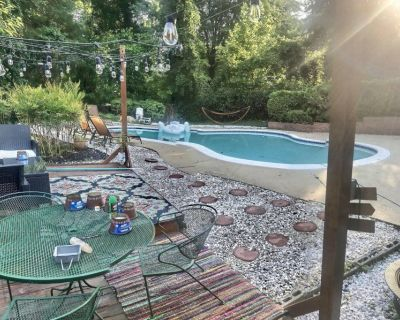 Large Room for Rent in Stunning 4 Story House with Pool!