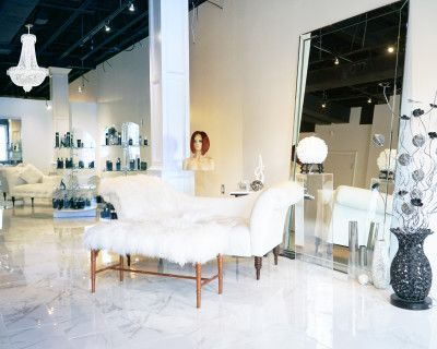 Classy & Elegant Downtown Lounge & Studio With Great Lighting and Parking For Production Use, Atlanta, GA