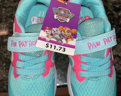 New Size 11 Girls Sneakers
