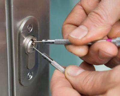 Get the best automotive locksmith services in Phoenix
