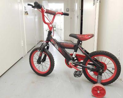Kid's Bike Star Wars 12 inch, almost new