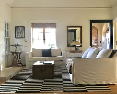 Designer Retreat w/ Pool and Guest House, Walk to Everything - Norma Triangle