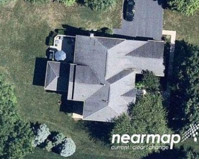 4 Bed 4.5 Bath Preforeclosure Property in Ashburn, VA 20147 - Glen Castle Ct