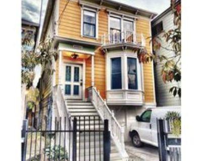 Market St, Oakland, CA 94607 3 Bedroom Apartment