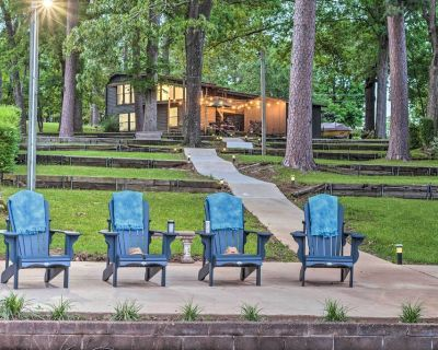 New! Waterfront Hot Springs Oasis 6Mi to Downtown! - Piney