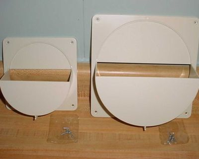 New Vintage Tupperware Seal Lid Wall/Cabinet Mount Storage Keeper Holder Organizer Set. Can Also Be Used For Different Sized Paper Plates...