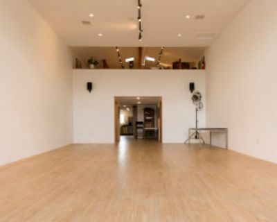 Exquisite Natural Light Retail Storefront and Studio in the Heart of Silverlake / Echo Park, Los Angeles, CA