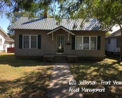 1620 Jefferson St, Great Bend, KS 67530 1 Bedroom House