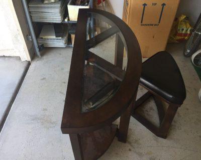 Mahogany Decorative Table