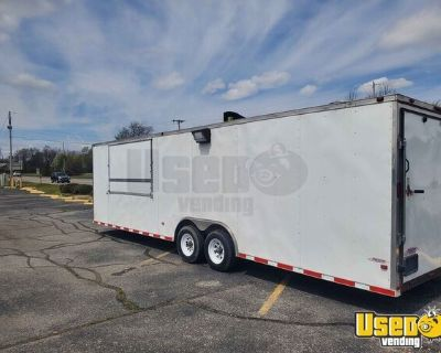 26' Freedom Mobile Kitchen / Ready to Use Food Concession Trailer