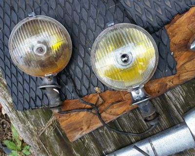 Lucas Rare Valance Fitting SFT 576 Pair Spot Fog Lights Rolls Royce Bentley