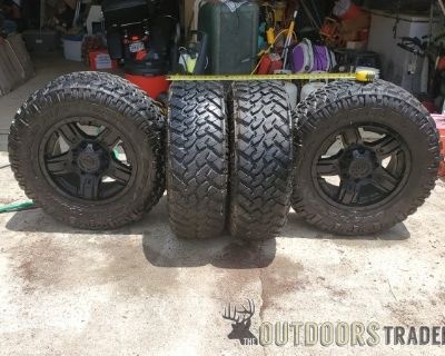 FS GM 2500 Tires and Rims