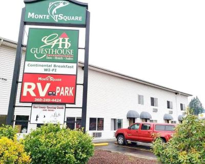 Business Trip Perfect! Great Unit in Guesthouse Montesano, Breakfast, Parking! - Montesano