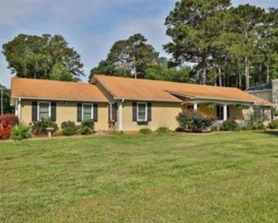 1515 Pounds Rd Sw, Lilburn, GA 30047 3 Bedroom Apartment